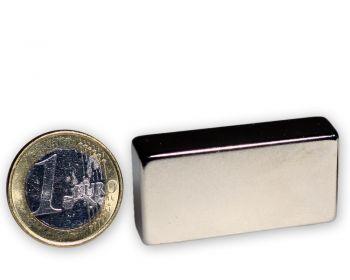 Quadermagnet 40,0 x 20,0 x 10,0 mm Neodym N42 vernickelt - hält 26 kg
