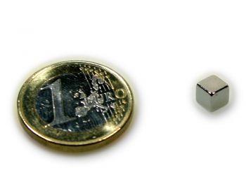 Würfelmagnet 5,0 x 5,0 x 5,0 mm Neodym N45 vernickelt - hält 1,6 kg