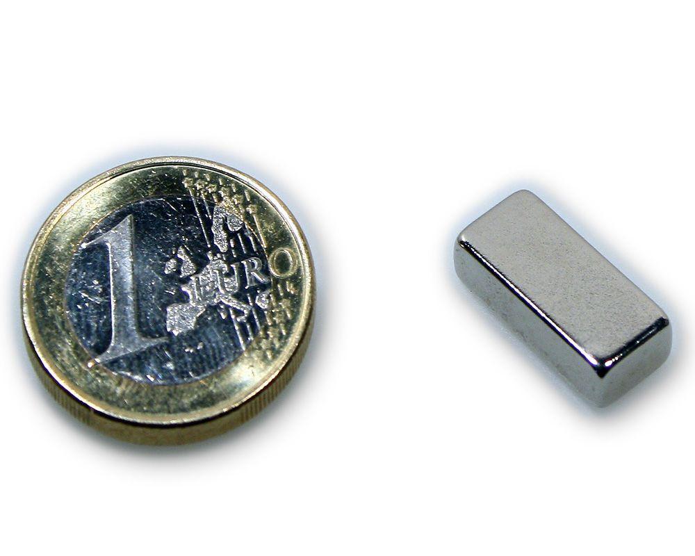 Quadermagnet 18,0 x 8,0 x 4,0 mm Neodym N45 vernickelt - hält 4,8 kg