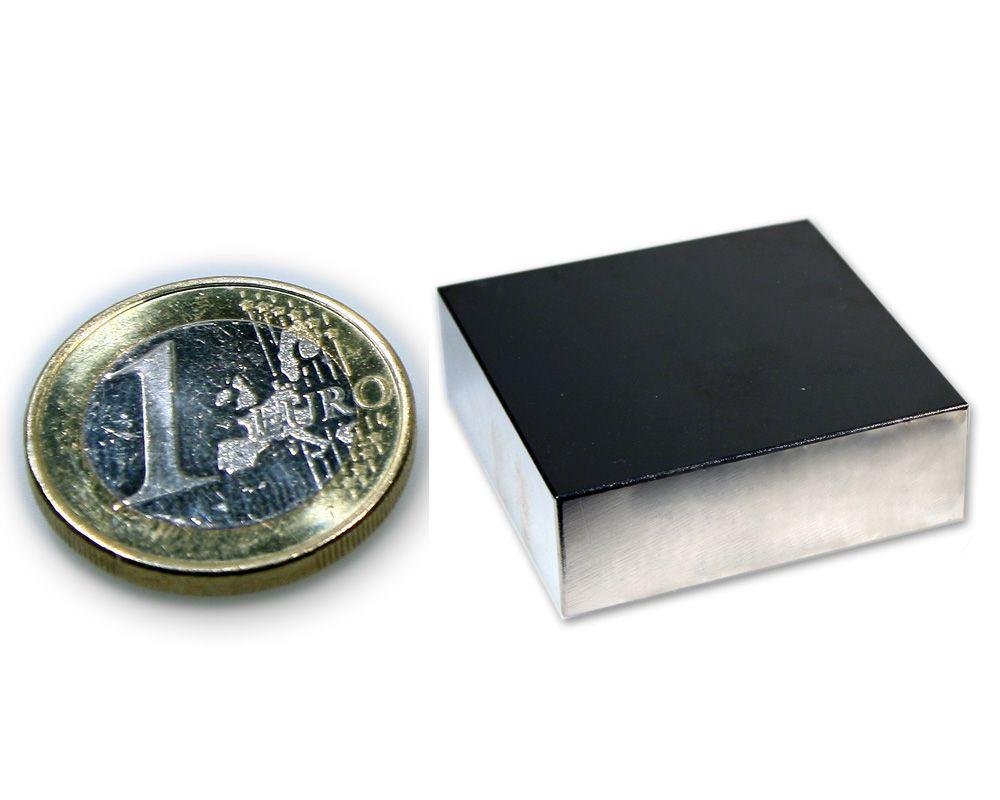 Quadermagnet 30,0 x 30,0 x 10,0 mm Neodym N45 vernickelt - hält 25,0 kg