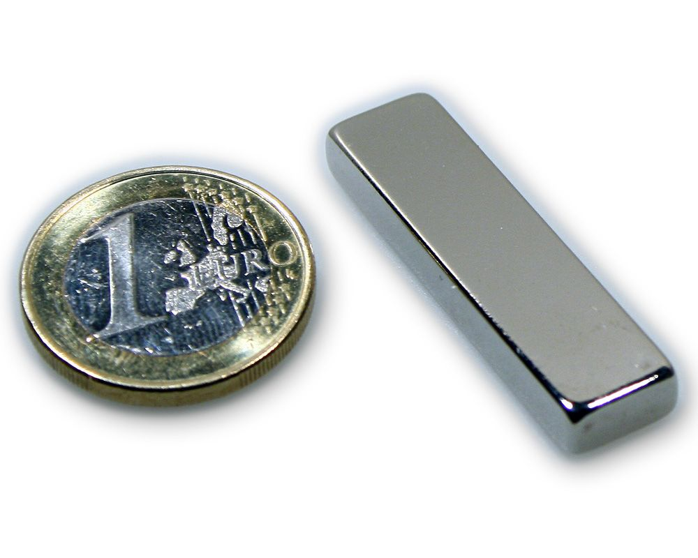 Quadermagnet 40,0 x 10,0 x 5,0 mm Neodym N45 vernickelt - hält 8,3 kg