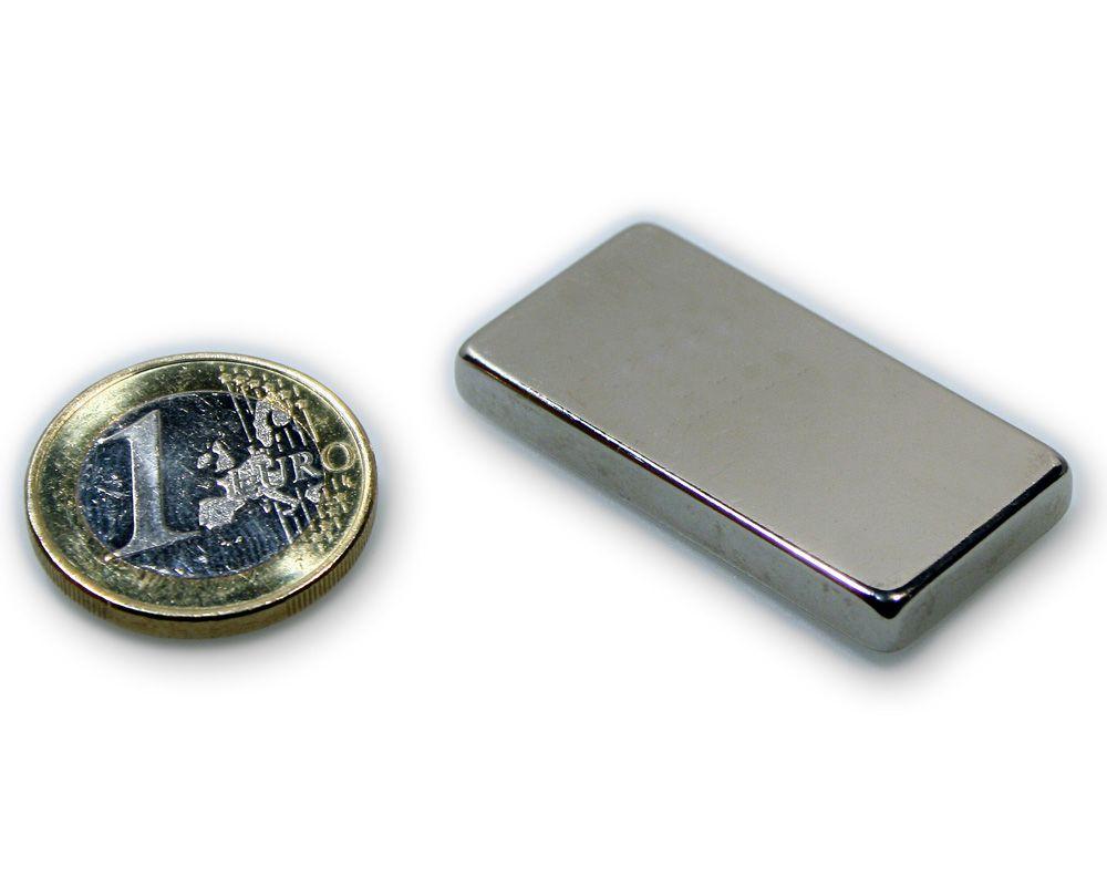 Quadermagnet 40,0 x 20,0 x 5,0 mm Neodym N45 vernickelt - hält 10,2 kg
