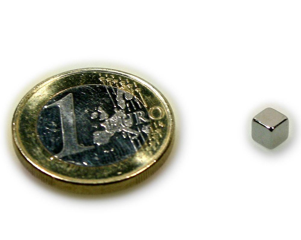 Würfelmagnet 4,0 x 4,0 x 4,0 mm Neodym N45 vernickelt - hält 1,2 kg